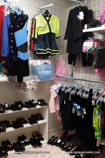 Consignment Stores in NJ recommended by NJ moms « Your complete ... b082ec3fa4d